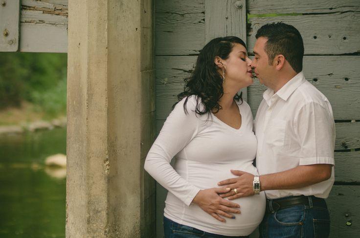 Retratos de embarazo - Esperando a Emmanuel Elí - Moni y Eve - http://www.bernardovillar.com/retratos-de-embarazo-esperando-a-emmanuel-eli-moni-y-eve/