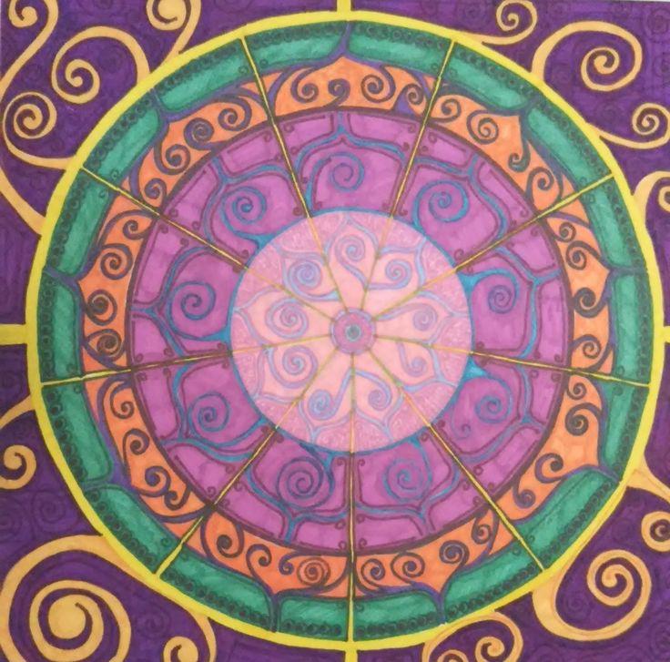Título: Hallándome Autor: Aurora Luna Walss Dimensiones: 49 X 49 cm Técnica: Sharpies sobre papel