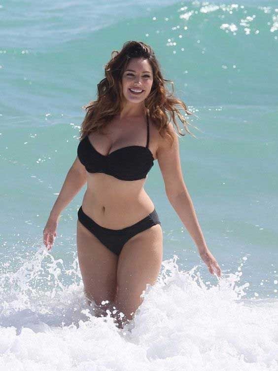 9dd58e563b7 16 Easy Ways To Look Amazing In A Bathing Suit | Fashionable | Femme ...