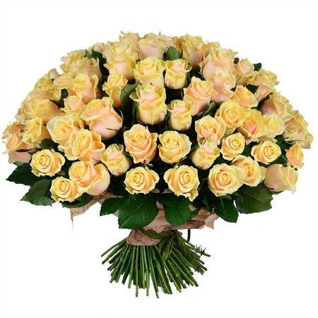Роскошный букет из 101 розы! Большой, нежный и невероятно красивый. Это сказочный подарок для любимой девушки или жены на День Рождения, День святого Валентина, 8 Марта, день свадьбы или ее годовщину. Огромный букет – отличный союзник в любом деле, касающемся чувств и эмоций. Проверено!