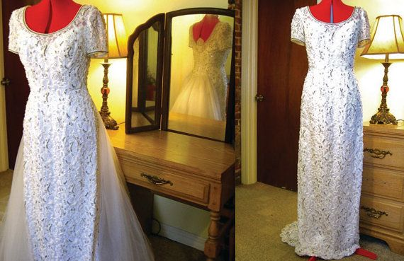 Sold to Rebecca of Wyoming! - Vintage Wedding Dress/ 1920s Style Wedding Dress/ Lace Wedding Dress/ Short Sleeved Wedding Gown