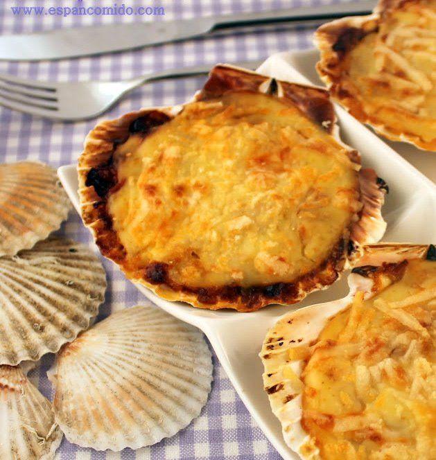 Vieiras rellenas de marisco con puerro pochado