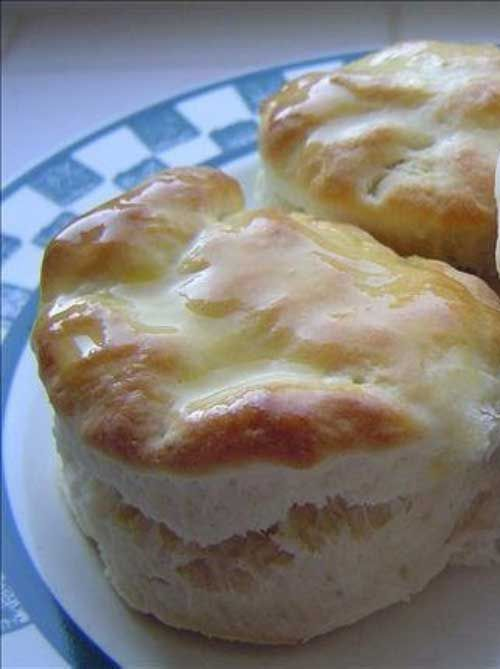 Recipe for Copycat Cracker Barrel Biscuits - These are so good that I always have to double the batch to make sure I get some!