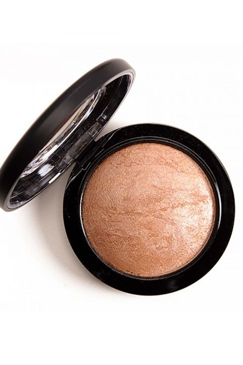 MAC Mineralise Skin Finish Global Glow, £24