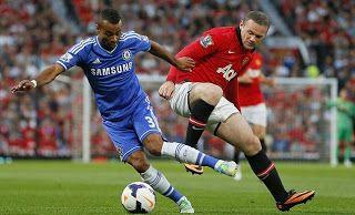 Chelsea - MU vs Chelsea di Stadion Old Trafford - Tuan rumah mendominasi serangan dengan menciptakan beberapa peluang berbahaya.