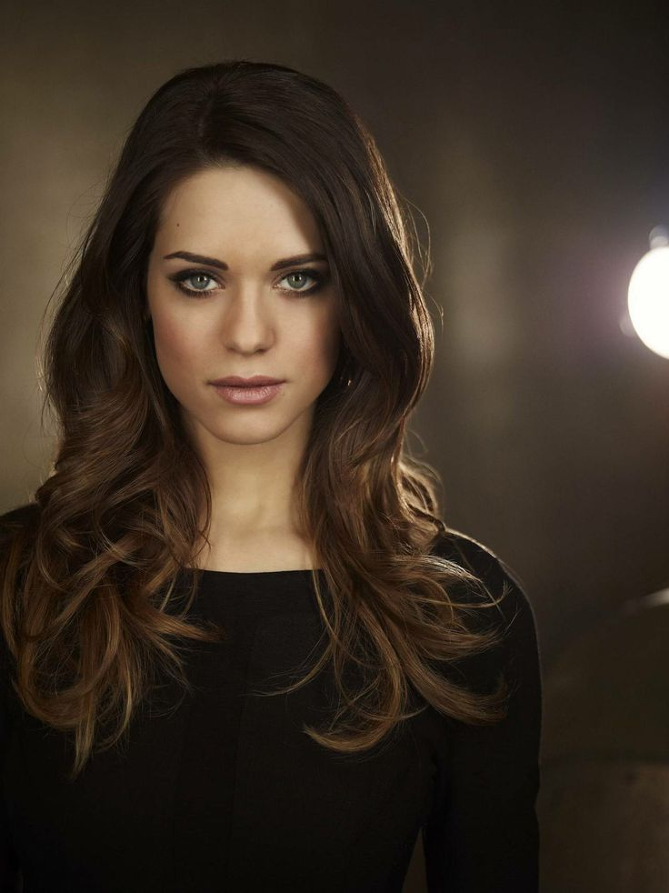 Lyndsy Fonseca - coloring and features are very very similar to hers, and this hair and makeup look is on point...shall I try this?