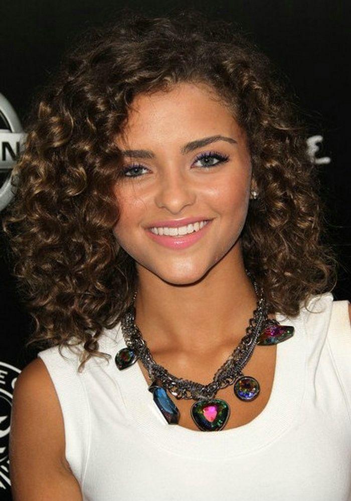 Cute Medium Curly Hair Styles