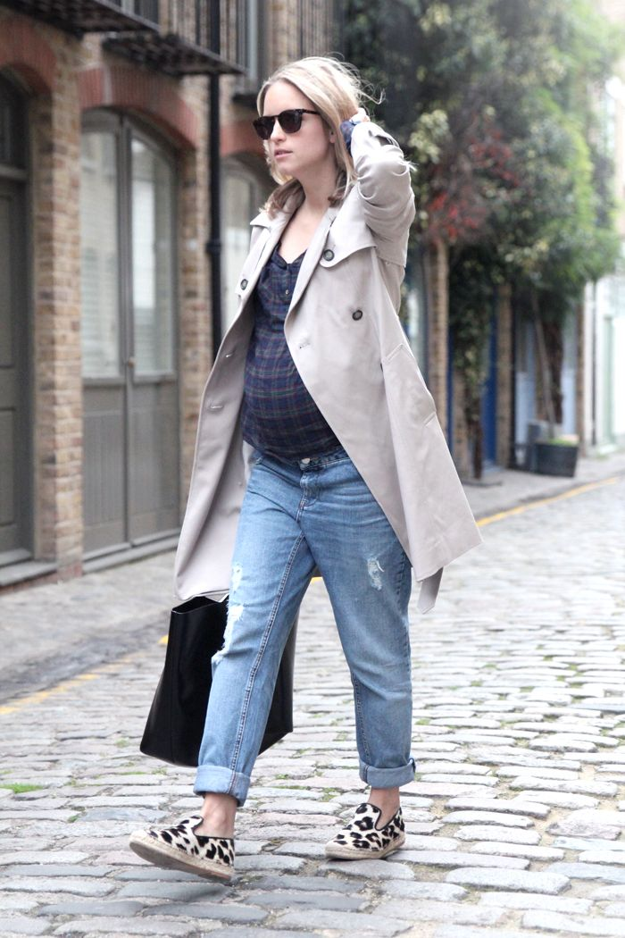 Coat Club Monaco, shirt Zara, jeans Topshop, espadrilles Celine, bag Givenchy #nonmaternity #maternity