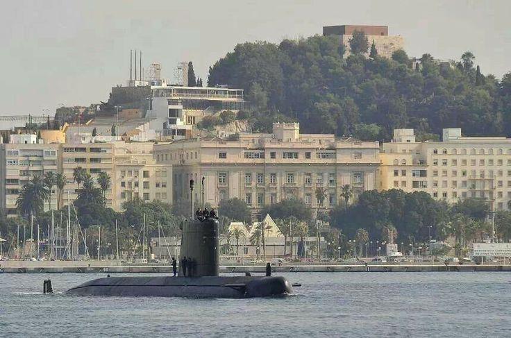Submarino y al fondo Cartagena