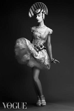 #Luzhina, #Model  #JenkasFashion #couture #kokoshnik   #vogue #hifashion #русскийдизайнер #kokoshnik #платьеврусскомстиле #русскийстиль #высокаямода #fashion #russianstyle  #неделямоды #jenkasfashion