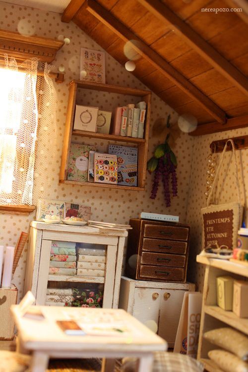 Zakka Studio Diorama   Flickr - Photo Sharing!  Everything here is a miniature!