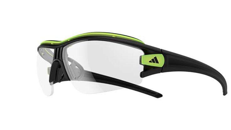 De nieuwe vario-lenzen van adidas Sport eyewear veranderen mee met het weer en moeten haarscherp zicht bieden in alle…