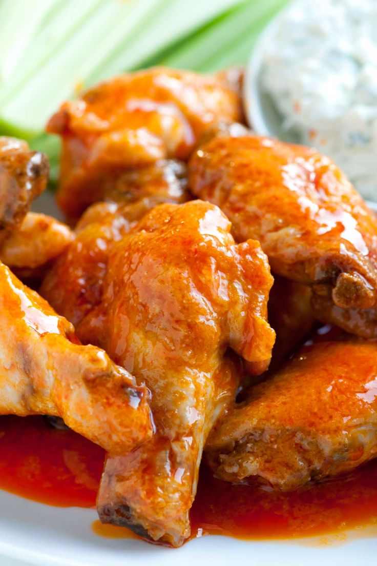 How To Make Crispy Baked Buffalo Chicken Hot Wings Recipe In 2020 Chicken Wing Recipes Wing