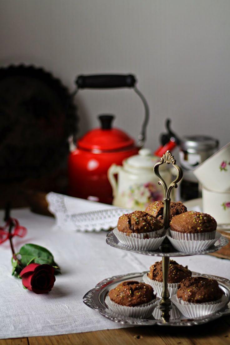 Muffins de chocolate {Dica para fazer bolos fofos com  farinha integral}