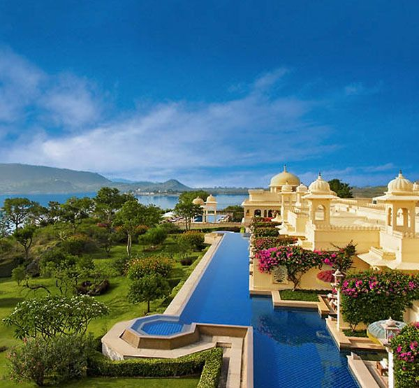 Le Palace The Oberoi Udaivilas le lieu incontournable d'Inde. http://roxelle-club.com
