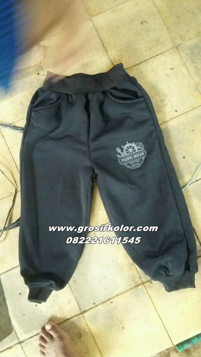 celana kolor joger merupakan celana kolor yang di buat dari bahan kain polis poly dan di buat oleh pengrajin yang berpengalaman