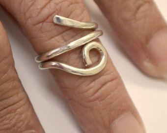 Anello cuore in argento Sterling. Regolabile. di Untwistedsister