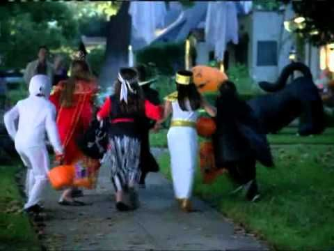 Raymond Ochoa - Walmart Halloween Commercial (2007)