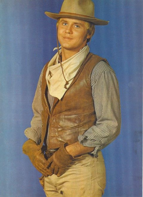 "Mark Slade as Blue Cannon on ""The High Chaparral"""
