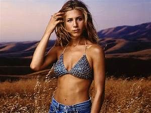 Jennifer Aniston Height and Weight Measurements