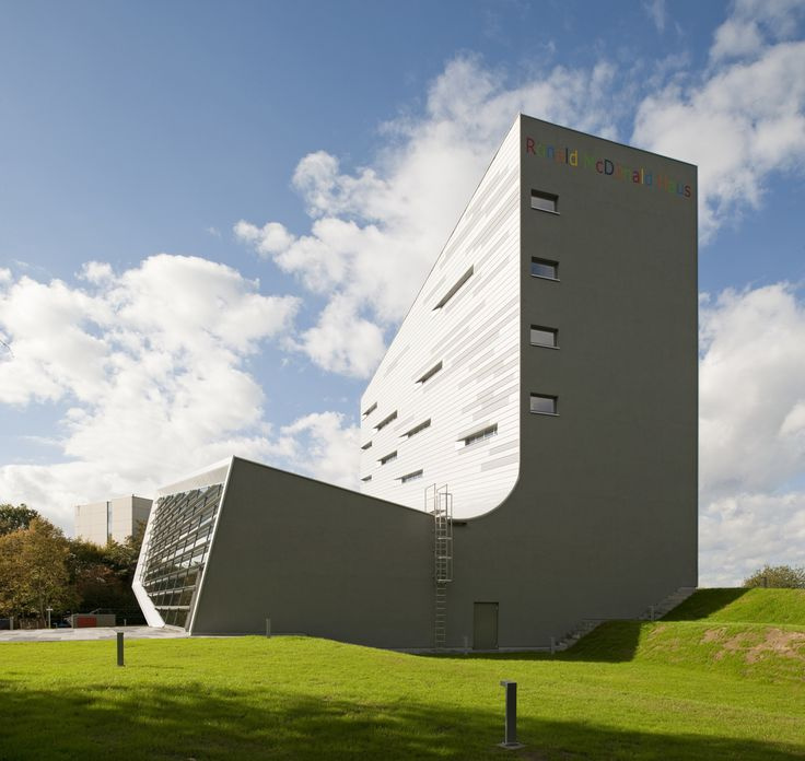 Galeria de Casa Sankt Augustin / Graft - 13