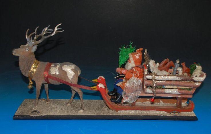 seltenes Weihnachtsmann Schlitten Gespann mit Spielzeug * Ziehspielzeug um 1900