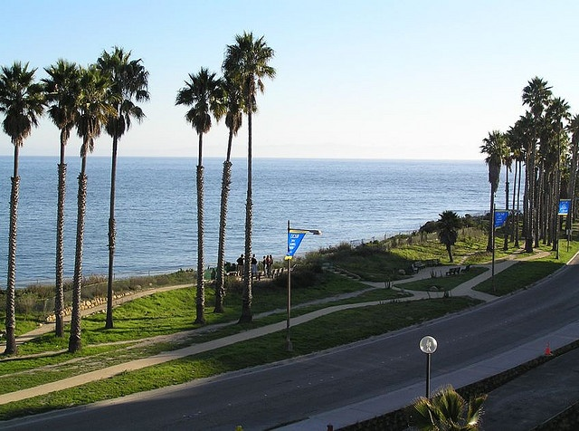 Pacific Ocean from UC Santa Barbara by Quantenverwicklung, via Flickr
