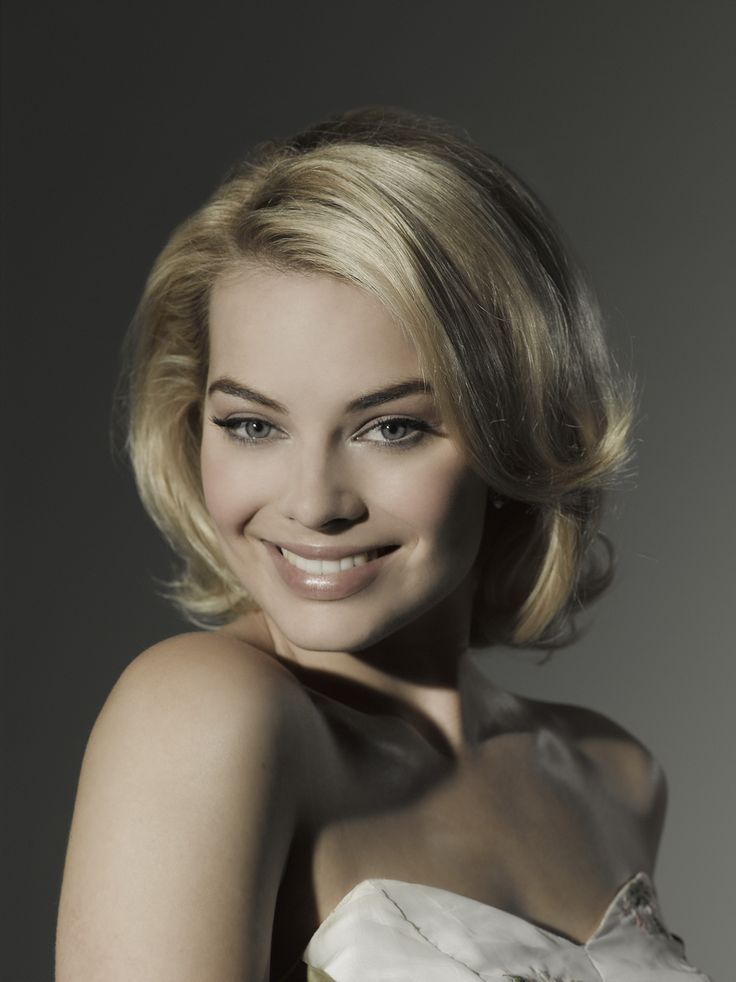 image Margot robbie and jaime pressly nude comparison clip