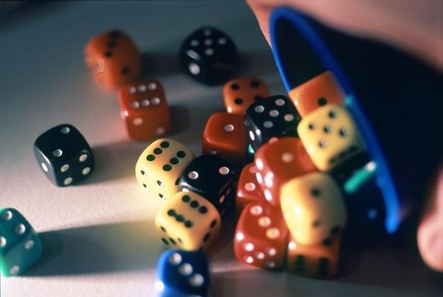 Print hack - Dice |  Amazingly Fun And Useful Things You Print For Free