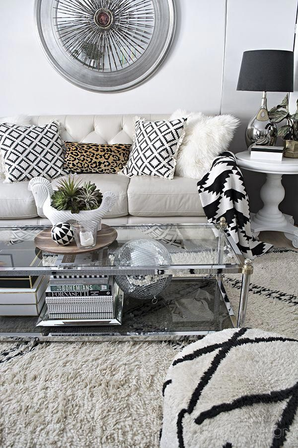 Beautiful Neutral And Black And White Living Room With Beni Ourain Rug D Black And White Living Room White Living Room Decor Black And White Living Room Decor