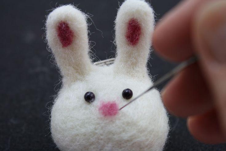 Needle Felted Bunny Ball, Dot! Needle Felting Tutorial   Living Felt