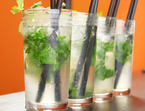 Try these delicious and healthy Virgin Mojitos.