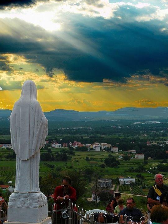 Nuestra Señora de Medjugorje Ora - Ayuna - Lee la Biblia - Confiésate - Recibe a Cristo Eucaristía - september 2013