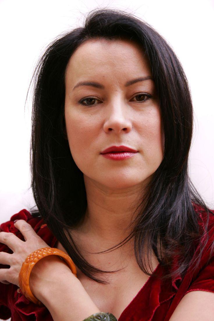 Jennifer Tilley... Someone Told me I look like her