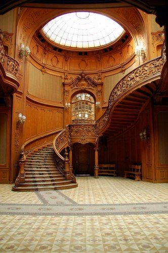 Wood Carved Stairway, Lviv, Ukraine  photo via ohmondieu    PM Reincarnated Interpretation:  I wish this picture was bigger but, I HAD to include it because the wood work was just unbelievable!