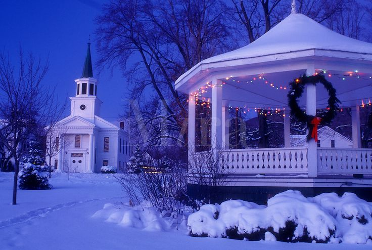 Christmas Decorations In Vermont : Pin by laurie ford on christmas villages