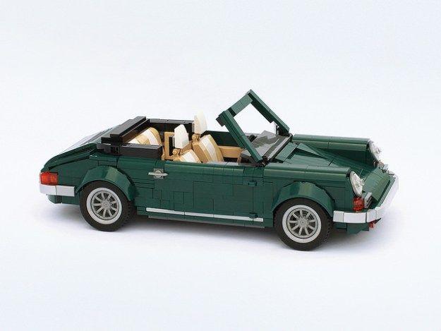 Porsche in Irish Green