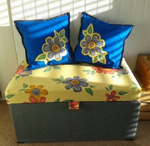 Ottoman cover and cushion covers