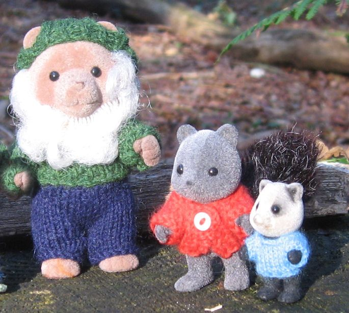 calico critter knit clothes etsy | ... Knitting pattern: Sylvanian Families & Calico Critters clothes