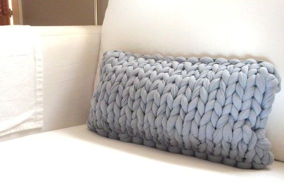 awesome knit for pillow.  love the large scale. @Dana Curtis's joy etsy shop