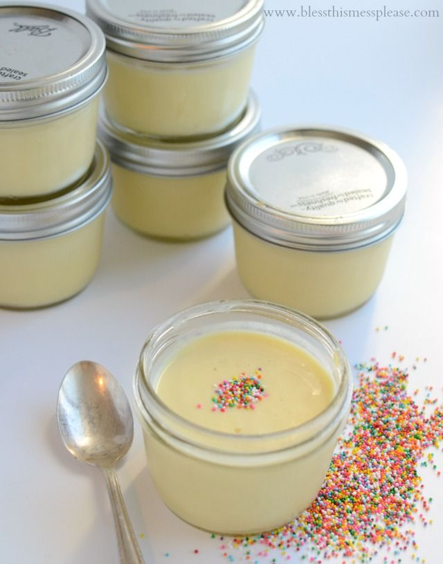 Homemade Vanilla Pudding Cups plus 11 other recipes made in a mason jar
