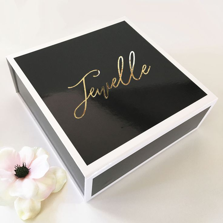 BLACK GIFT BOX | PERSONALIZED BRIDAL PARTY GIFTS | BRIDESMAID GIFT BOX | BRIDESMAID GIFT IDEAS