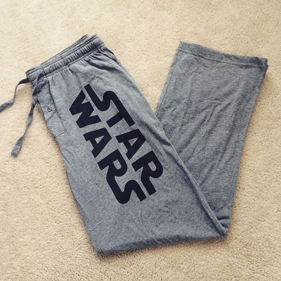 Star Wars Pajama Pants Light gray Star Wars pajama pants. From Hot Topic. Size Men's Large. Brand new and never worn. They were a gift for my boyfriend at the time and too big. Hot Topic Pants