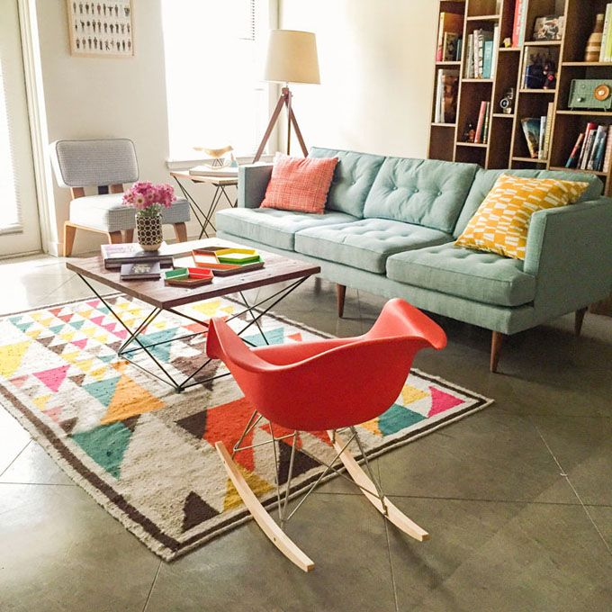 39 Ideas For Modern Living Room Furniture Couch Sofas Colour Retro Living Rooms, Colourful Living Room, Mid Century Modern Living Room, Living Room Colors, Living Room Modern, Rugs In Living Room, Living Room Furniture, Living Room Designs, Living Room Decor