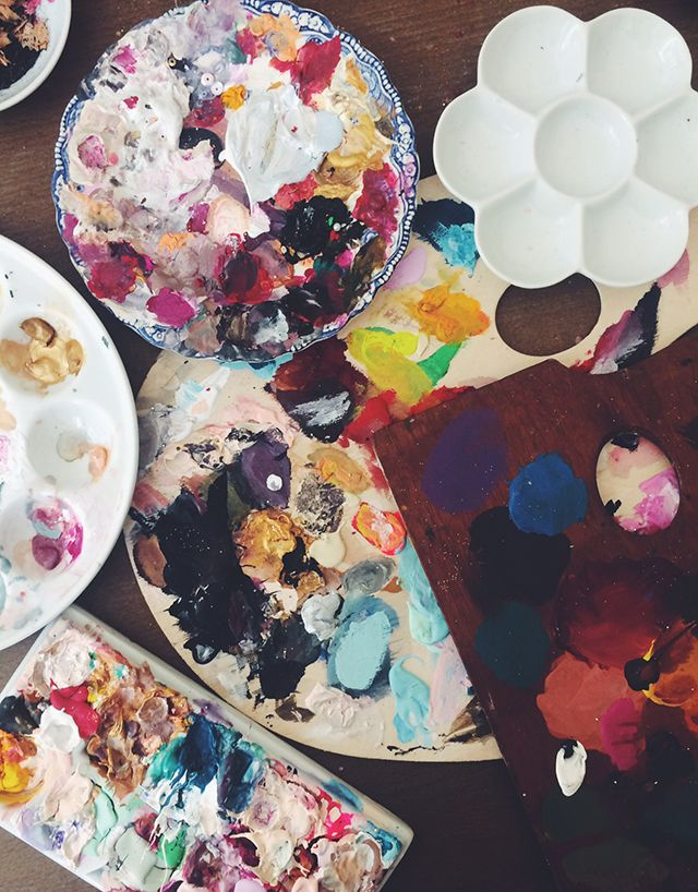 Paper Fashion: Behind the Paintings  Artist shares her favorite art supplies