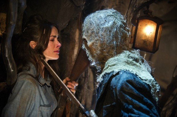 Abigail Spencer (Lisa Wyrick) stars in Lionsgate Home Entertainments The Haunting in Connecticut 2: Ghosts of Georgia.