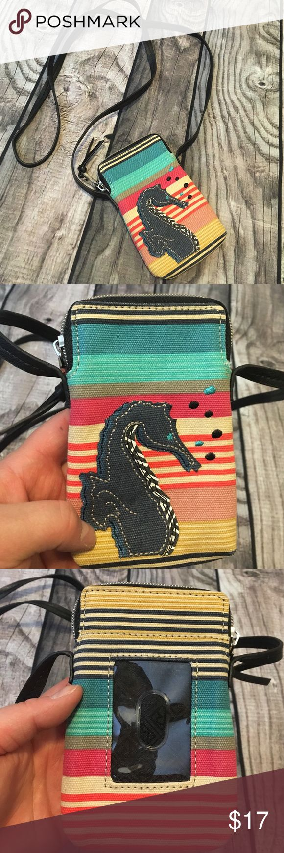 ✅NWOT✅ relic seahorse day trip bag Brand new without tags! Small seahorse striped shoulder bag/ Crossbody.  Big enough to fit an iPhone 6 (NOT PLUS) and some cards/ cash. Relic Bags Crossbody Bags