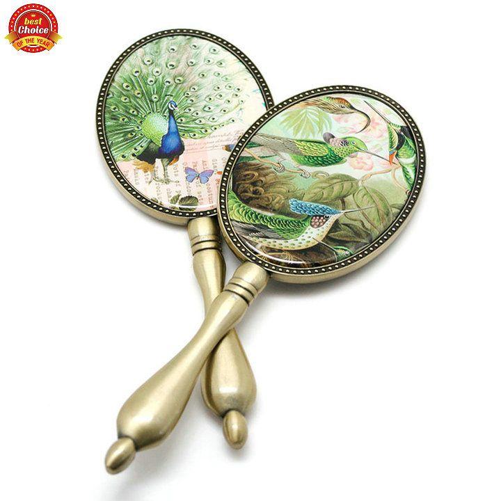 Vintage beauty oval makeup mirrors hand miroir mon beau for Miroir mon beau miroir dis moi