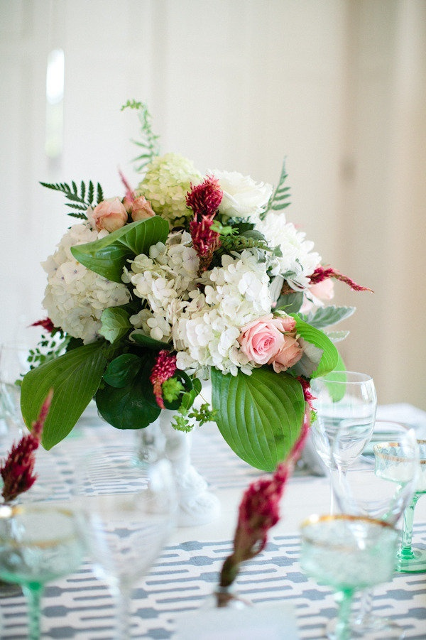 wedding centerpieces fake flowers%0A centerpiece