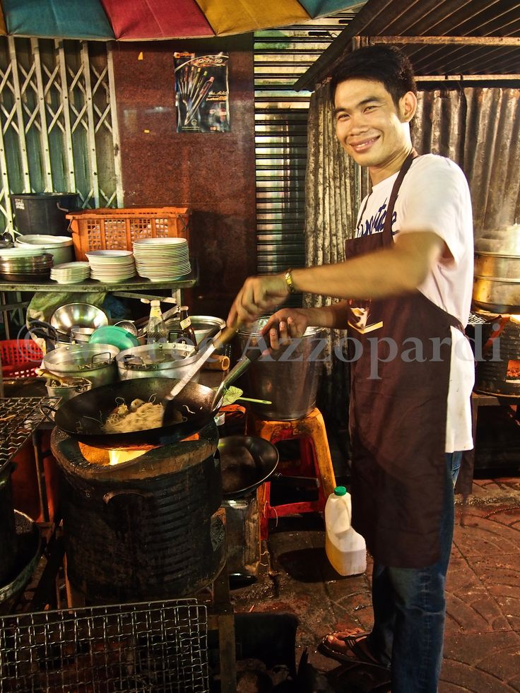 One of our brilliant street cooks in Chinatown